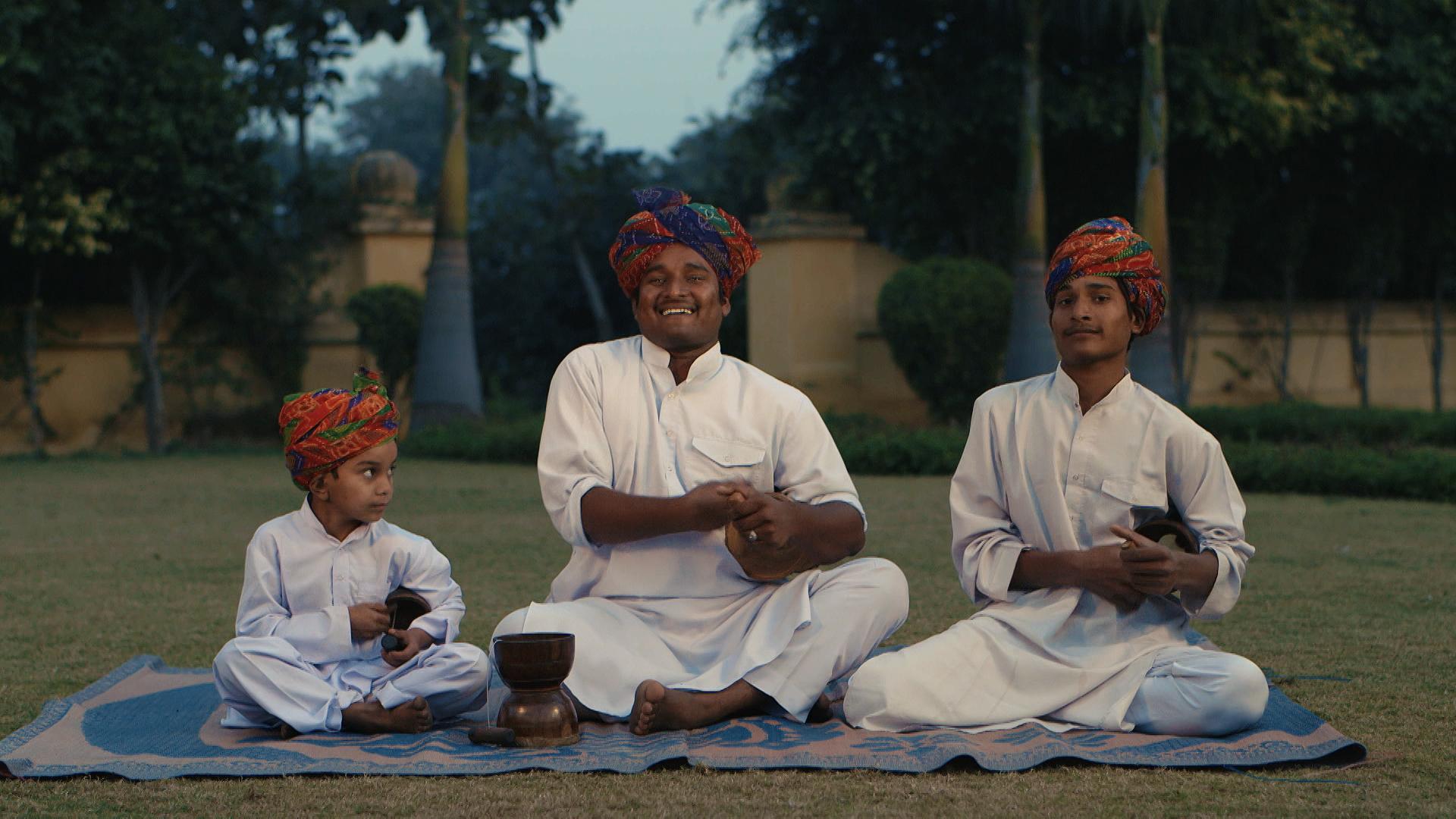 OIAD_Yusuf-Khan-family-bhapang-trio